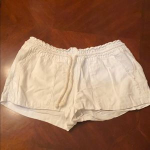 White ROXY linen shorts